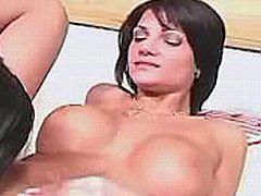 Lezzie enjoys double penetration