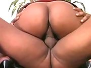 Hot ebony screams from huge schlong