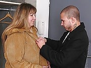 He finds the fatty lost in the metro and brings her home to fill up her juicy pussy
