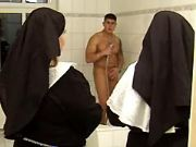 Fat nuns spoil amateur guy in bath