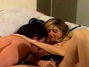 Guy is getting to fucked a mature mom