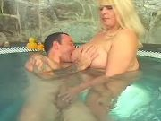 Fat blonde cutie spoils guy in pool